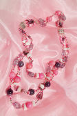 Roze parels van amethist — Stockfoto