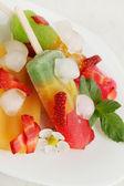 Sobremesa de verão com morangos — Foto Stock