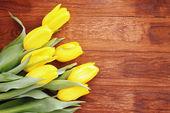 Bukiet żółtych tulipanów — Zdjęcie stockowe