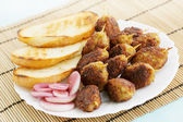 Lula kebab with croutons and pickled onions — Foto de Stock