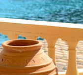 Traditional Greek vase on Santorini island - Greece — Stock Photo