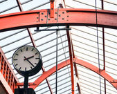 Clock at railway station - Travel concept — Stockfoto
