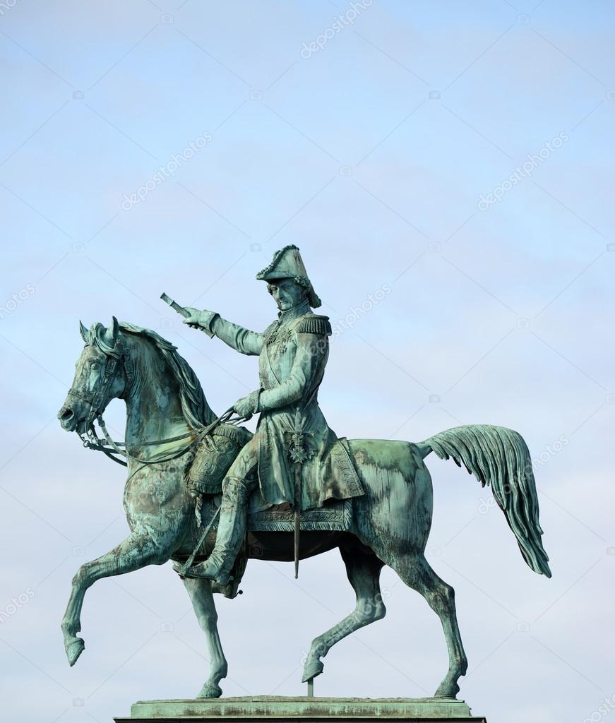 Statue of charles xiv john former king of sweden for Design pinterest stockholm google