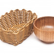 Empty basket and bowl isolated on white background — 图库照片