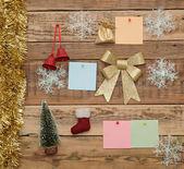 在木墙上的圣诞装饰 — 图库照片