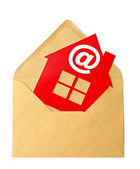 E-Mail and Home Symbol, concept of online Real Estate — Stock fotografie