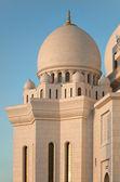 White Marble Sheikh Zayed Mosque of Abu Dhabi — Stock Photo