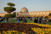 People Picnicking in the Naghshe Jahan Square of Isfahan — Stock Photo