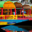 Colourful Mexican gondolas at Xochimilco Floating Gardens — Stock Photo