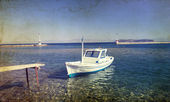 Boat and blue sky — Stockfoto