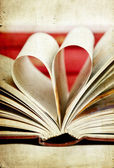 Page heart — Stock Photo