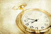 ヴィンテージ黄金の時計 — ストック写真