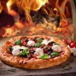 Delicious italian pizza — Stock Photo #20141837