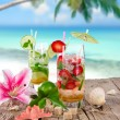 Cocktails on the beach — Stock Photo