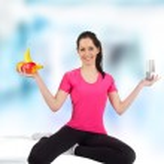 Gelukkig jonge fitness vrouw — Stockfoto