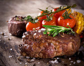 Delicious beef steak — Stock Photo
