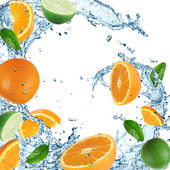 Oranges with water splash — Stock Photo