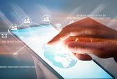 Hand aanraken digitale Tablet Pc — Stockfoto