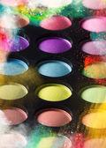 Ombres à paupières multicolores. — Photo