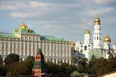 The Big Kremlin Palace and The Ivan the Graet Bell Tower — Stock Photo