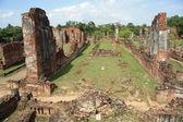 Ancient ruins of Ayutthaya in Thailand — Stock Photo
