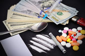 Heroin and dollars — Stock Photo
