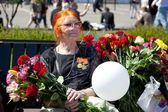 Russia, Moscow, 9 May 2013. Day of Victory in the Great Patriotic War. Congratulations veterans. — Stock Photo