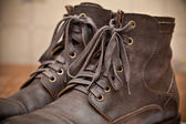 Pair of men's fashion shoes. Tying closeup. Autumn and spring shoes — Stock Photo