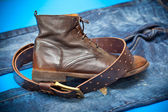 Fashionable leather shoes, leather belt and jeans. cowboy style — ストック写真