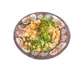 Insalata fresca con ceci, carote, cavolo, verdi — Foto Stock