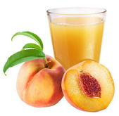 Peach juice with ripe peach — Stock Photo