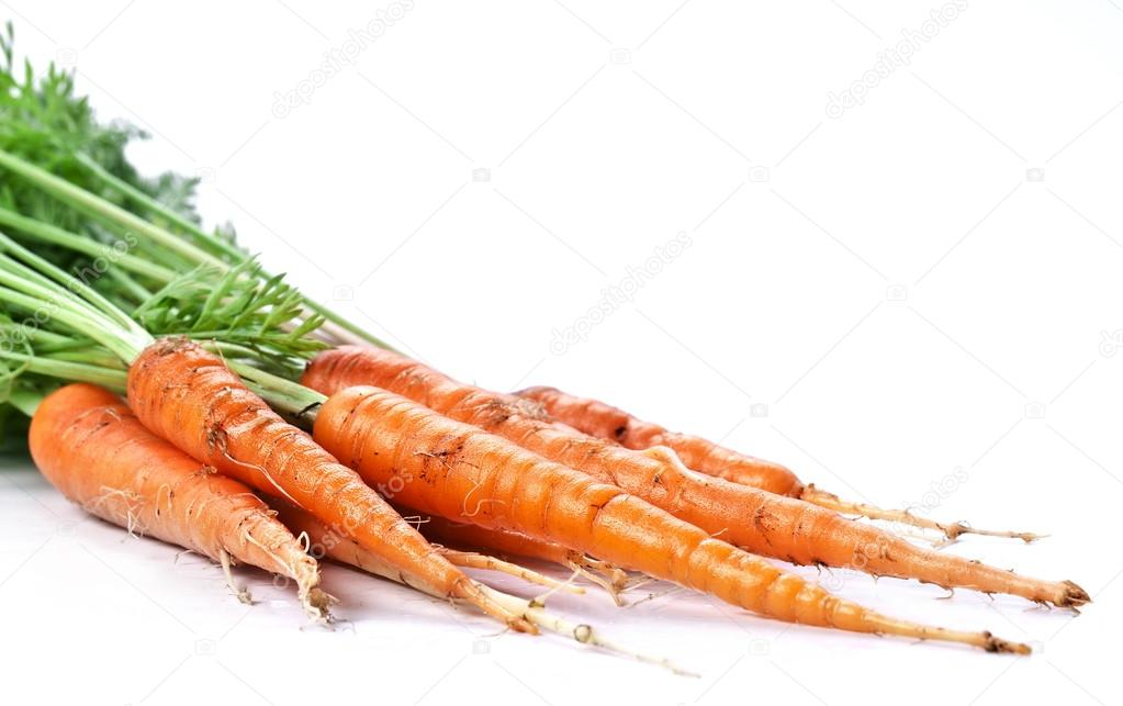 Carrots with leaves on a white background. — Stock Photo #13376404