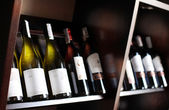 Glasflaskor för vin. — Stockfoto