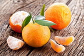 Tangerines with leaves. — Stock Photo