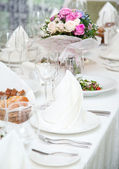 Festival table setting at the restaurant. — Foto de Stock