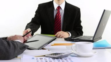 Finance Analyze using digital tablet — Stock Video