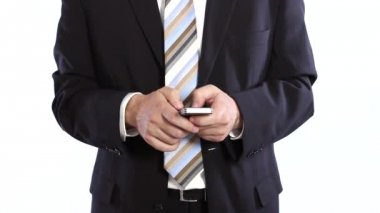 Businessman typing message on cellphone — Stock Video