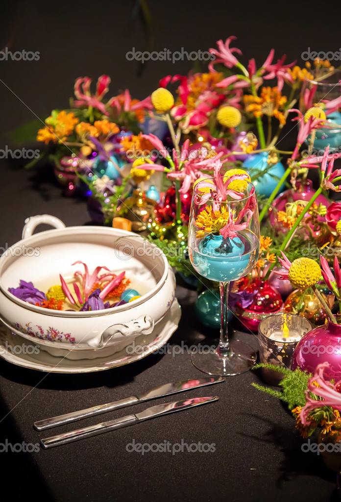 Colorful decoration for a party table — Stock Photo #15450779