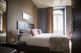 Classic hotel room — Stock Photo