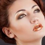 Fashion close up portrait of beautiful woman — Stock Photo