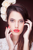 Beauty Fashion Model Girl with pink make-up, close-up studio shoot — Foto Stock