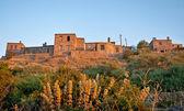 исторические каменные дома на бехрамкале / assos – турция — Стоковое фото