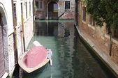 Powerboat instead of a car in Venice, Italy — Stock Photo