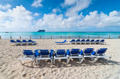 Deckchairs on the beach in the Bahamas — Stock Photo