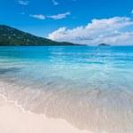 Magens Bay Beach on St Thomas USVI — Stock Photo #45954033
