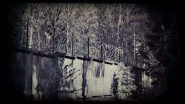 Barbed wire fence. Vintage 8 mm footage. — Stock Video