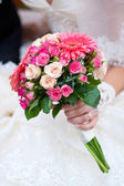 Wedding bouquet with pink flowers — Stock Photo