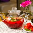 Strawberry tea — Stock Photo #14358121