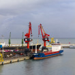 ������, ������: Cargo crane ship freight traine in port