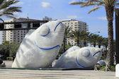 A tale iki balık heykeller — Stok fotoğraf